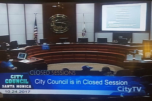 city council closed in session